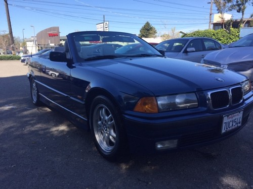 Key #34 Bmw 323i Convertible 2D