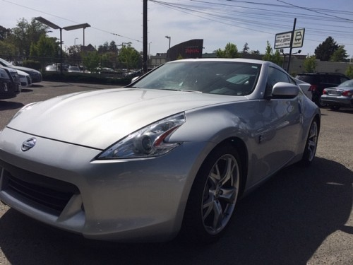 Key #98 Nissan 370Z Touring Coupe 2D