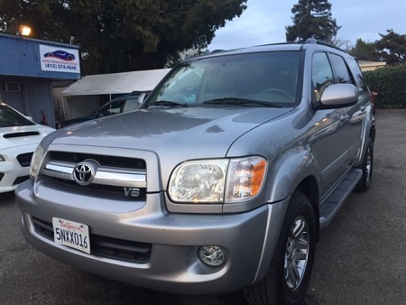 Key #39 Toyota Sequoia Limited SUV 4D